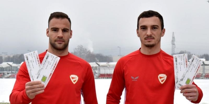 Dušan Brković és Florent Hasani várja a szurkolókat